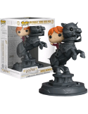FIGURA MOVIE MOMENTS HARRY POTTER RON RIDING CHESS PIECE